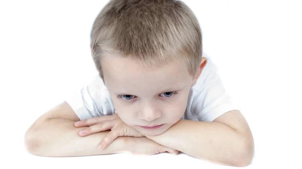Çocuk hareketlerinden gelişim geriliği nasıl anlaşılır?