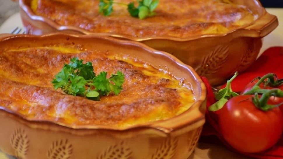 Ev günlerinde lezzetli yemek: Beşamel soslu lazanya