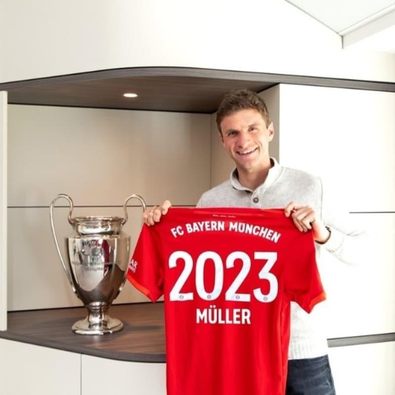 Thomas Müller imzayı attı