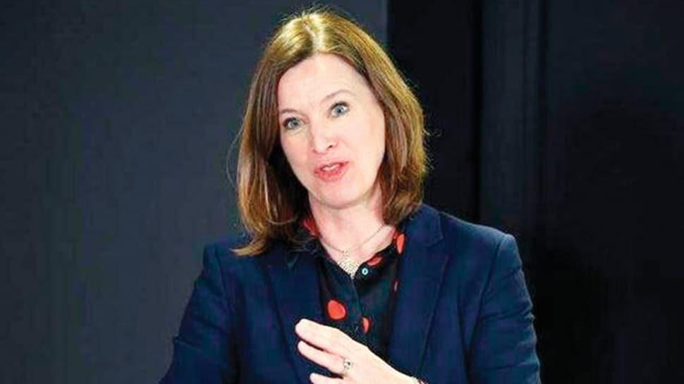 İskoçya Sağlık Başdanışmanı Doktor Catherine Calderwood evinde kalmayınca istifa etti