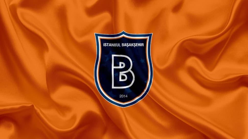 Başakşehir 18'lik oyuncuyla 2 yıllık anlaşma imzaladı