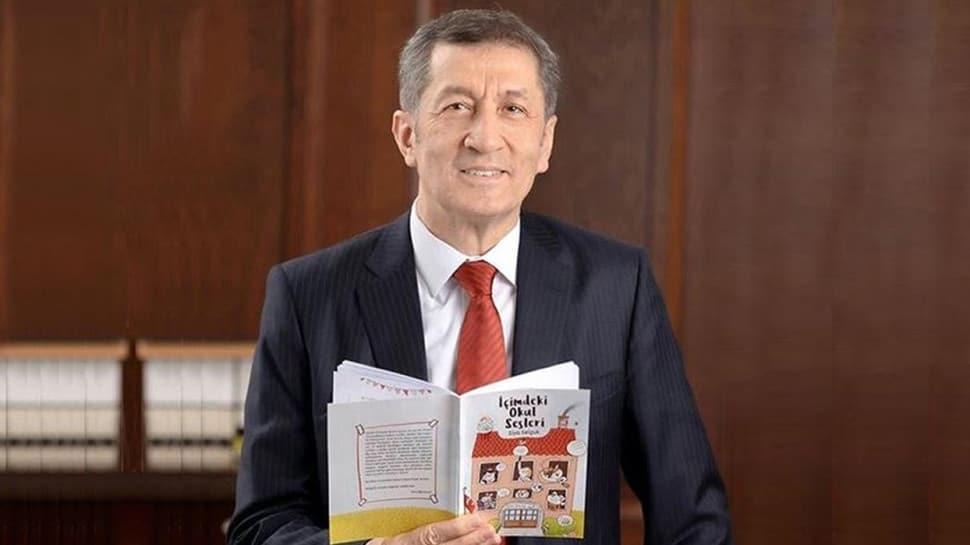 Milli Eğitim Bakanı Ziya Selçuk çocuklara kitap yazdı: İçimdeki Okul Sesleri