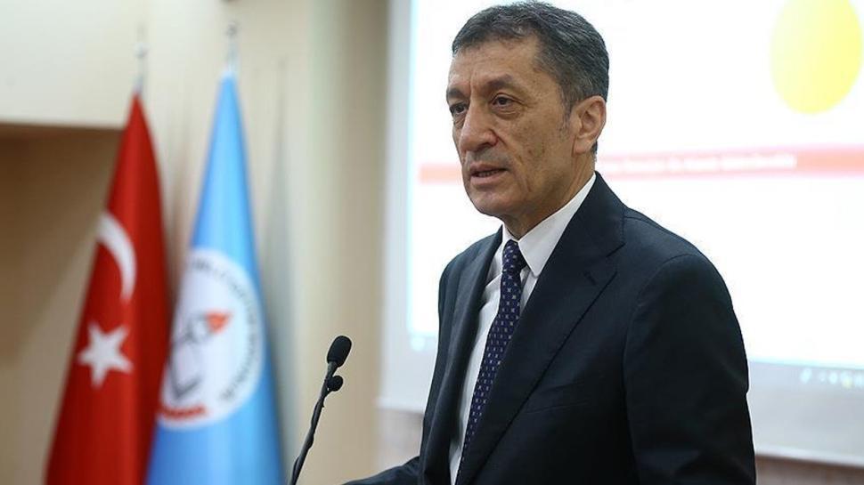 Milli Eğitim Bakanı Selçuk'tan babalara sitem