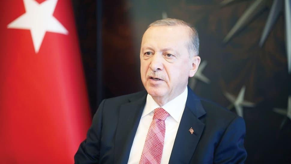 Başkan Erdoğan: Maskeli ve mesafeli hayata alışmalıyız