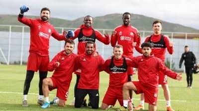 DG Sivasspor'da ikinci testler de negatif