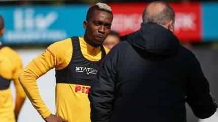 Galatasaray'a Onyekeru'dan kötü haber