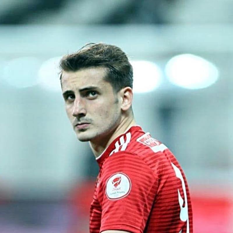 Fenerbahçe ve Beşiktaş'ın da istediği Muhammet Kerem Aktürkoğlu'nun talipleri artıyor