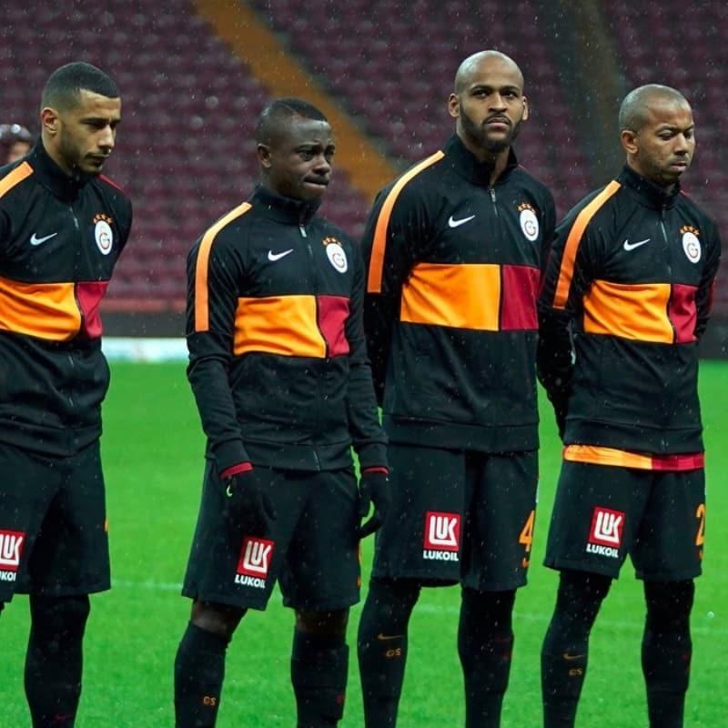 Fenerbahçe, Galatasaray'dan ayrılacak olan Mariano'ya talip oldu