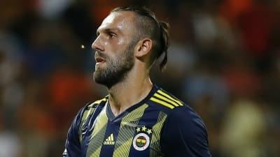Vedat'ın menajeri Kosova basınına konuştu: Teklifleri Fenerbahçe'ye ilettim