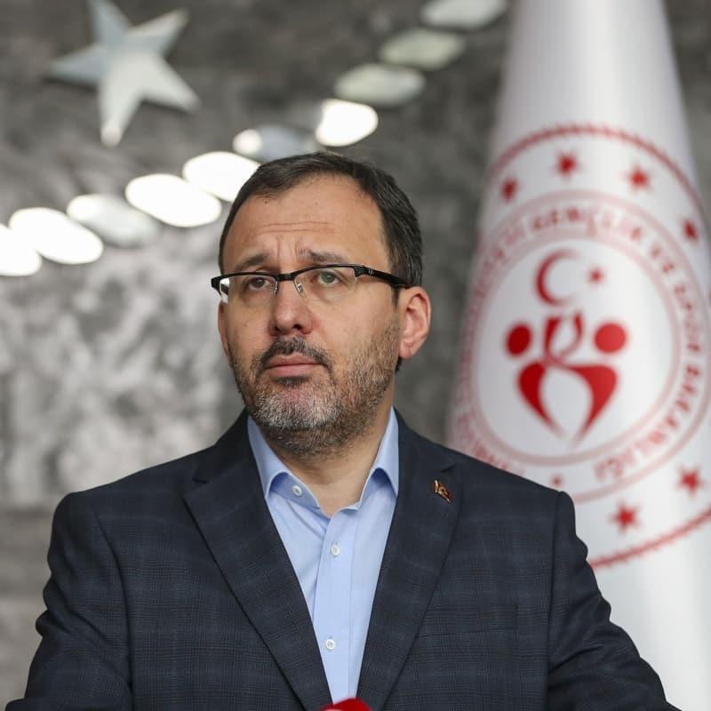 Bakan Kasapoğlu: 'Spor tesislerimizle gençlerin yanındayız'